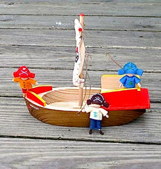 Toy Boat Pirates