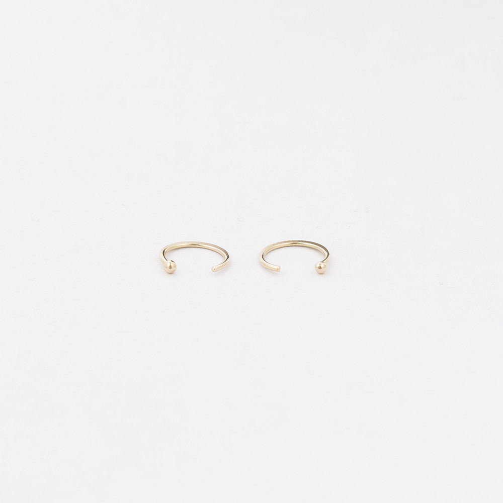 Hug Earrings