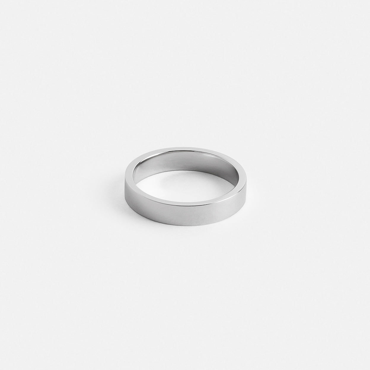 Eldo Ring in Platinum
