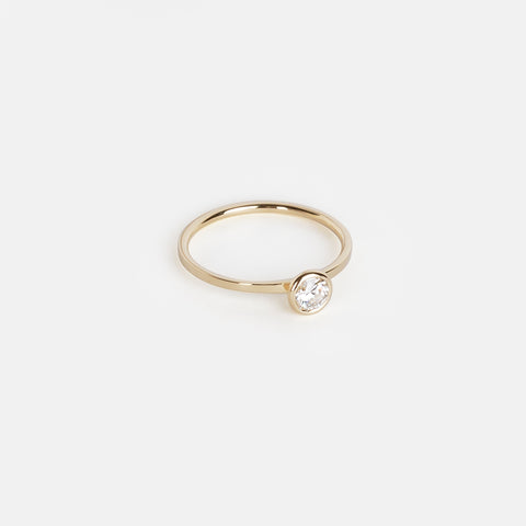 Esi Ring in Gold