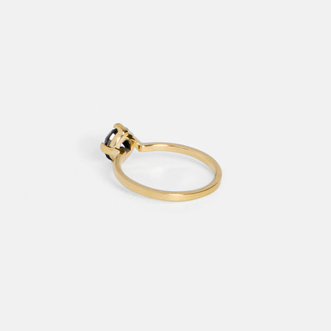 Vila Ring in Gold