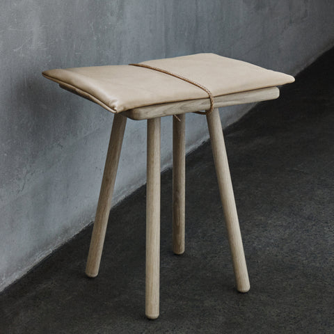 Georg Jubilee Stool