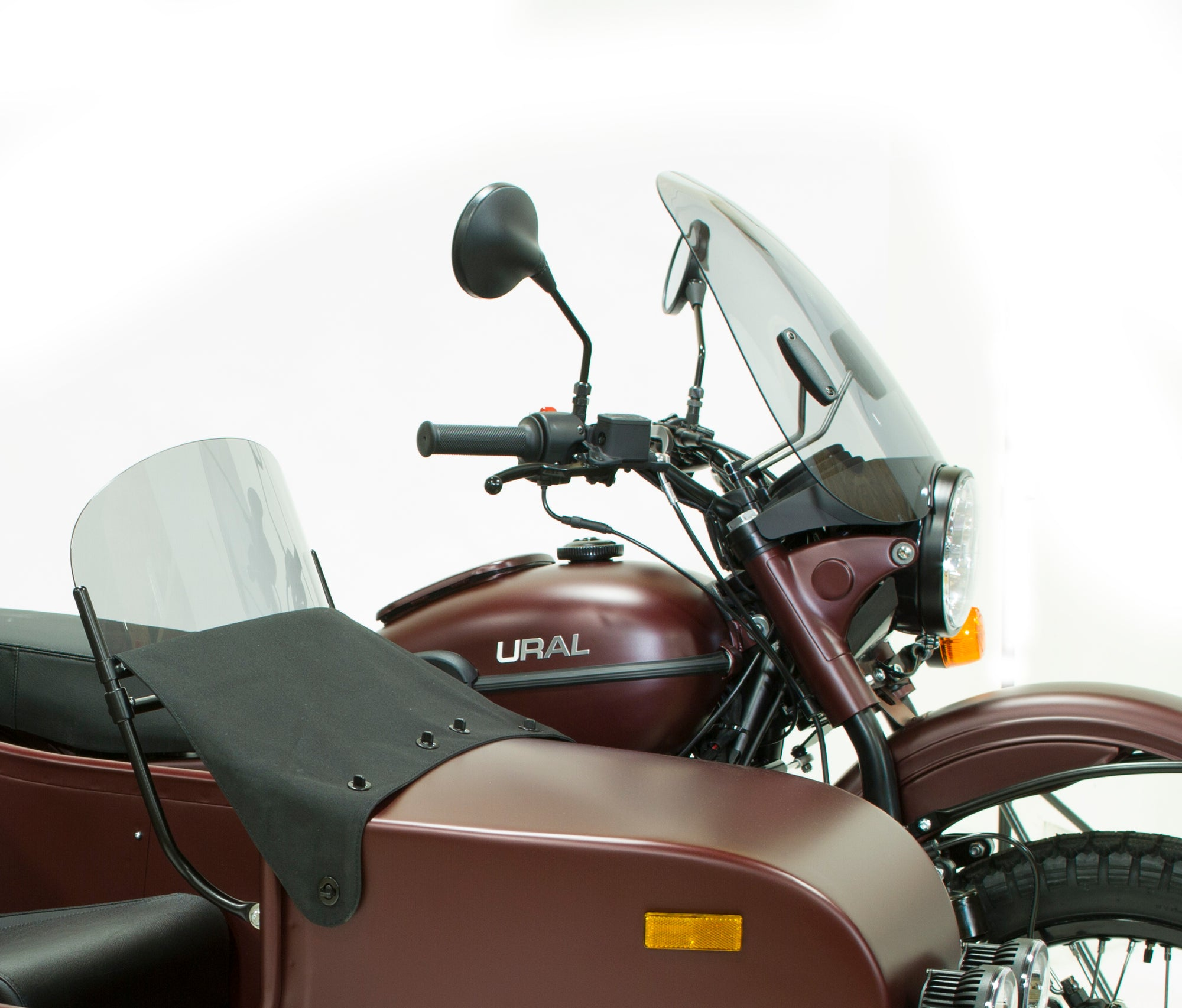 Ural Windscreen Smoke with Mounting Kit