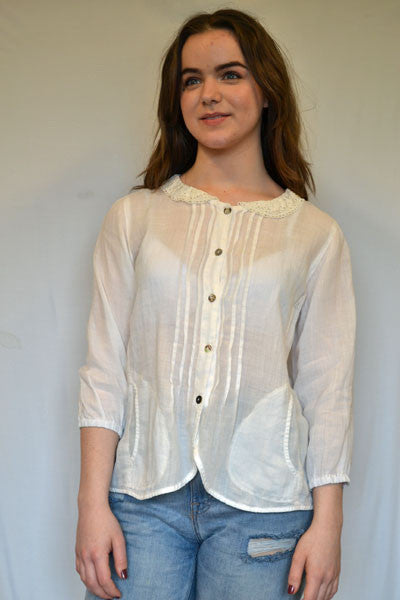 Lace Collar Sweet Blouse - Natural Clothing Company
