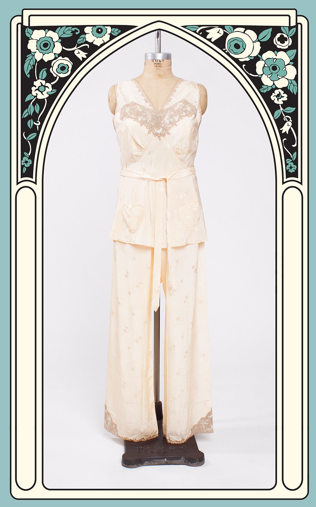 SOLD -- 1930s Old Hollywood Floral Silk & Lace Lounge Pajama Set with Heart Pockets