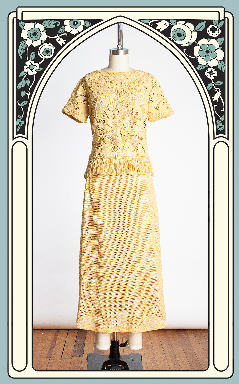 1930s Mustard Large Leaf Patterned Heavy Knit Two-Piece Dress with Matching Belt