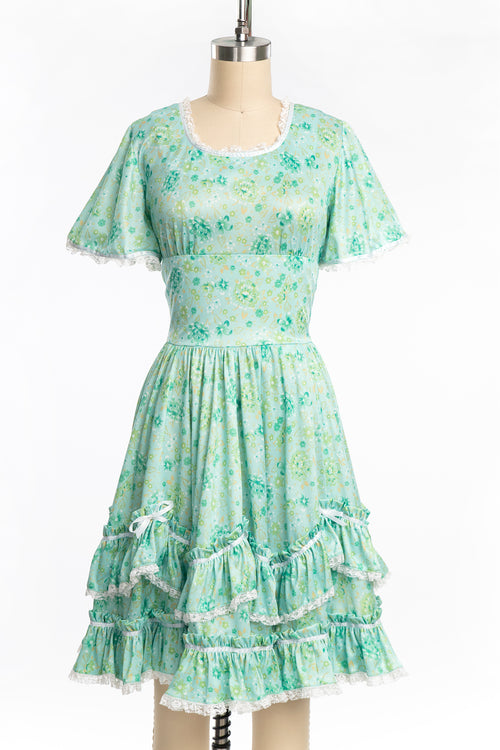 Vintage 1970s Mint Green Floral and Lace Polyester Western Babydoll Dress