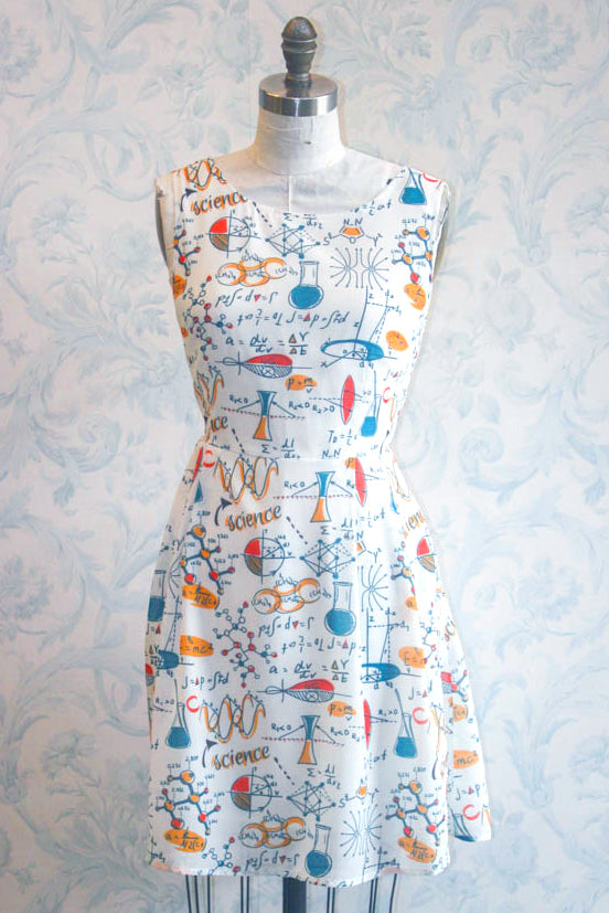 She Blinded Me with Science! Tie Back Novelty Print Summer Dress