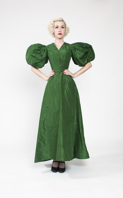 Outstanding 1890s Victorian Green Silk Taffeta Ball Gown