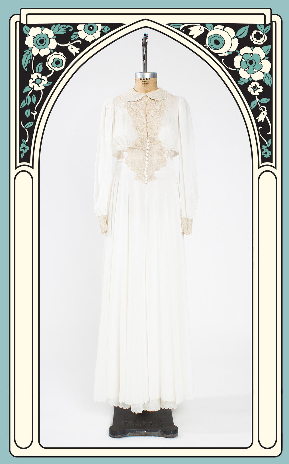 SOLD -- 1940s Ivory Hollywood Glamor Peignoir Set