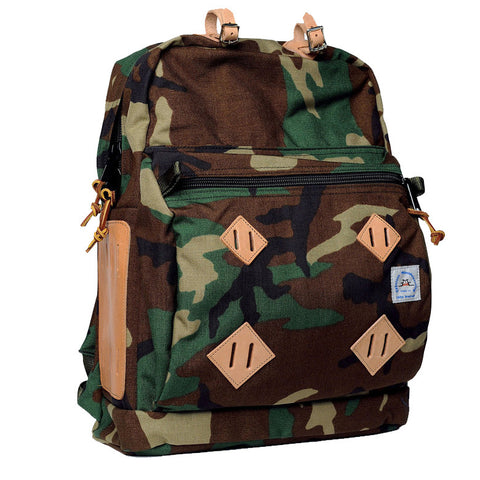 EPPERSON MOUNTAINEERING DAY PACK