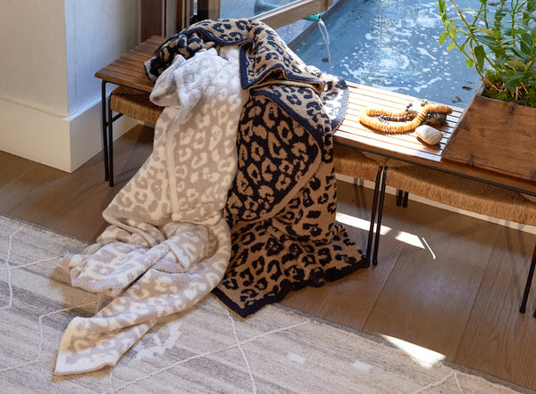 CozyChic 'BITW' Adult Wild Throw  B563-05-LE - Stone/Cream