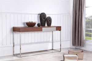GIGA CONSOLE TABLE