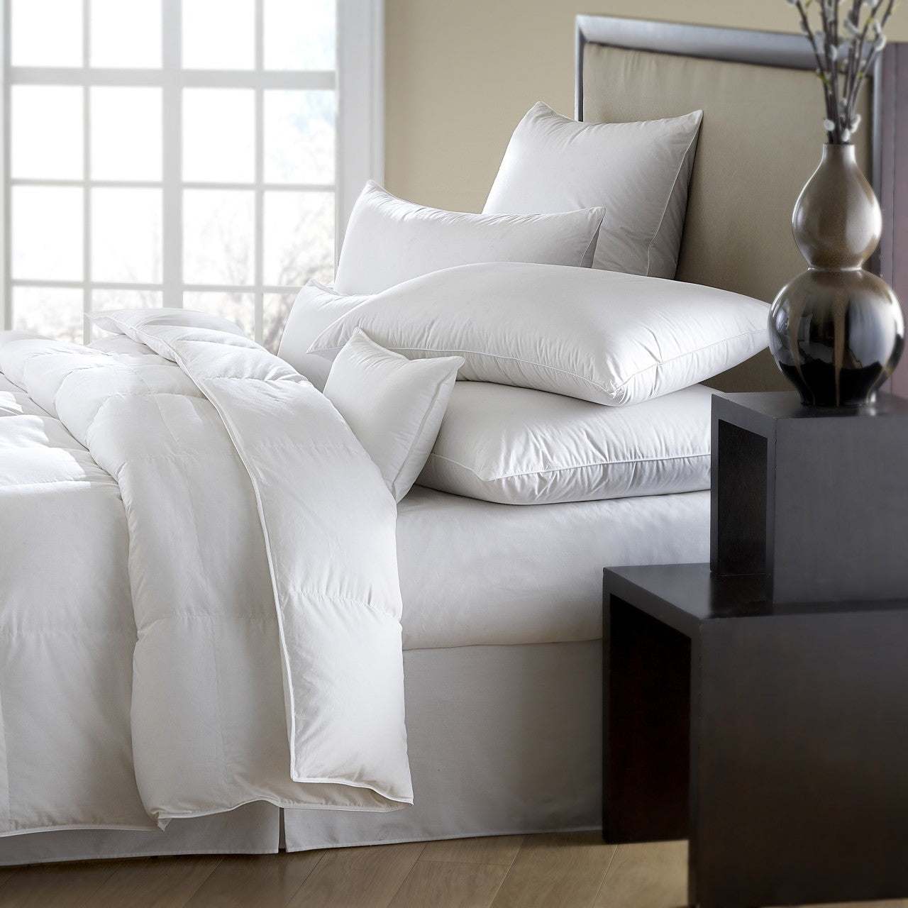 mackenza 560 fill power white down pillow, downright, insert, - adorn.house