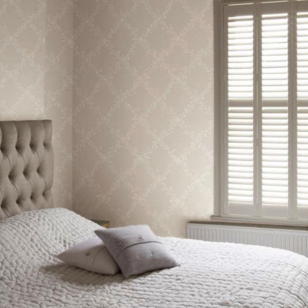 toile trellis wallpaper