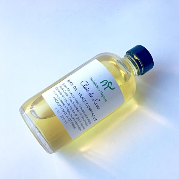 clair de lune body oil with jasmine and vanilla