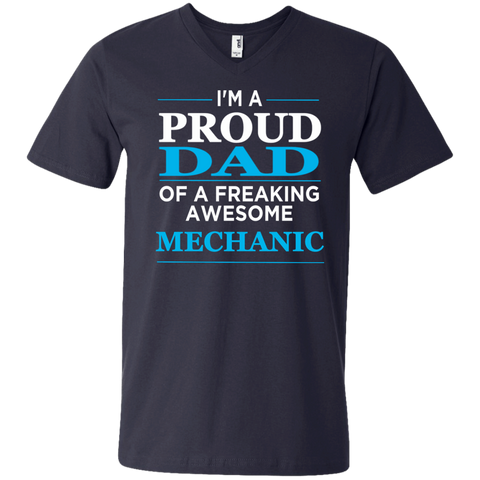 I'm A Proud Dad of freaking awesome Mechanic Men's  Printed V-Neck T