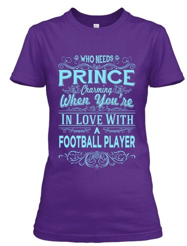 Tshirt - In Love With A Football Player