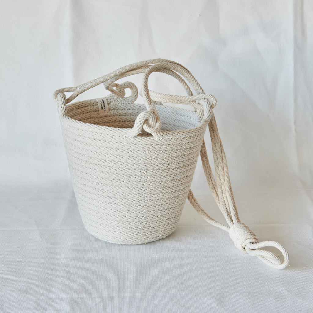 Zillpa Rope Hanging Basket