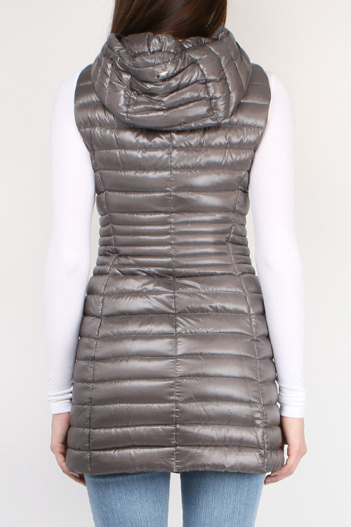 Herno Fitted Down Vest in Charcoal