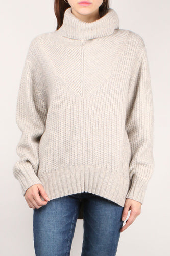 Roan Turtleneck