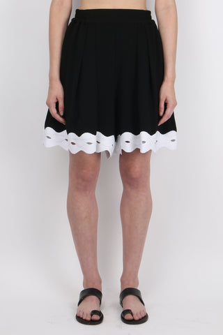 Scallop Crepe Short