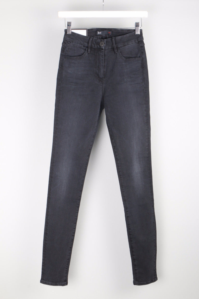 W3 Channel Seam High Rise Skinny Front