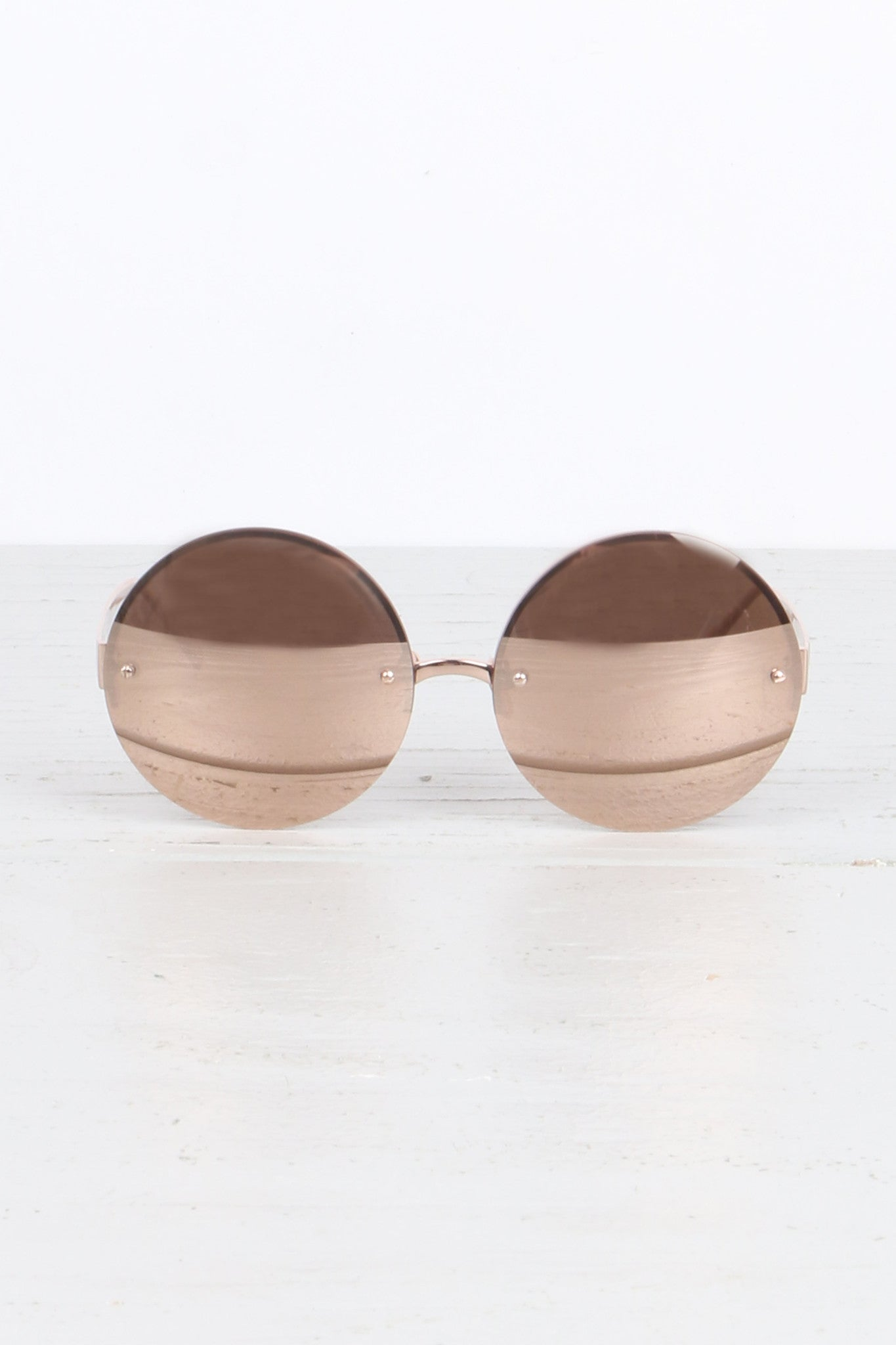 Linda Farrow Luxurious Round Rose Gold