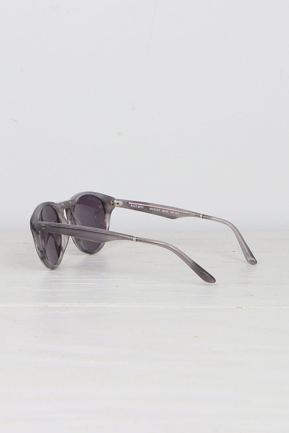 Smoke x Mirrors Black Betty Sunglasses Grey Bucolic
