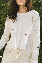 Load image into Gallery viewer, The Long Sleeve Crop Tee W/ Seed Floral