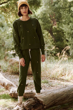 Load image into Gallery viewer, The Cropped Army Sweatpant w/ Hearts