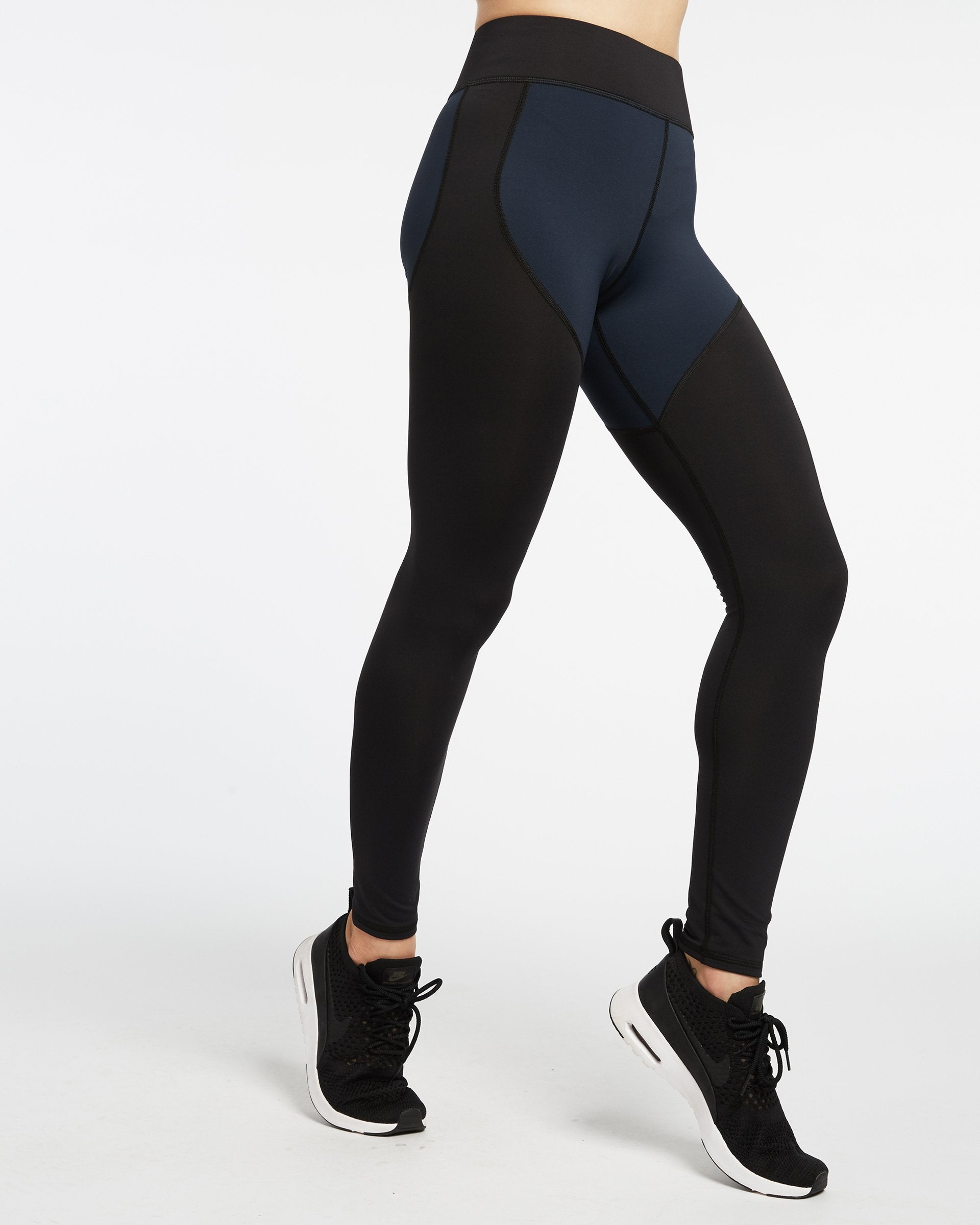 cadence-legging-deep-sea-navy