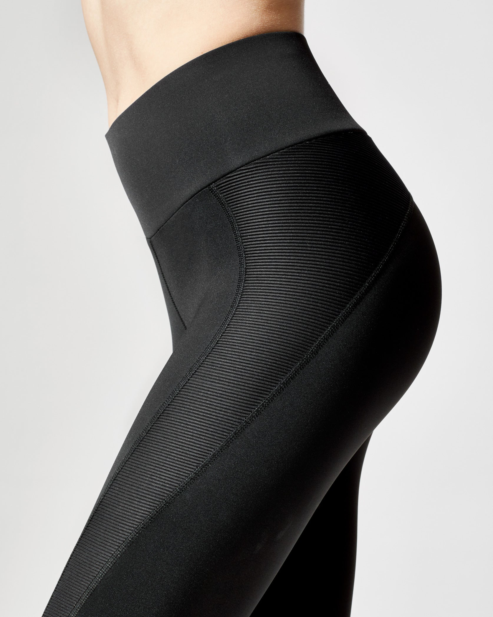 rally-legging-black