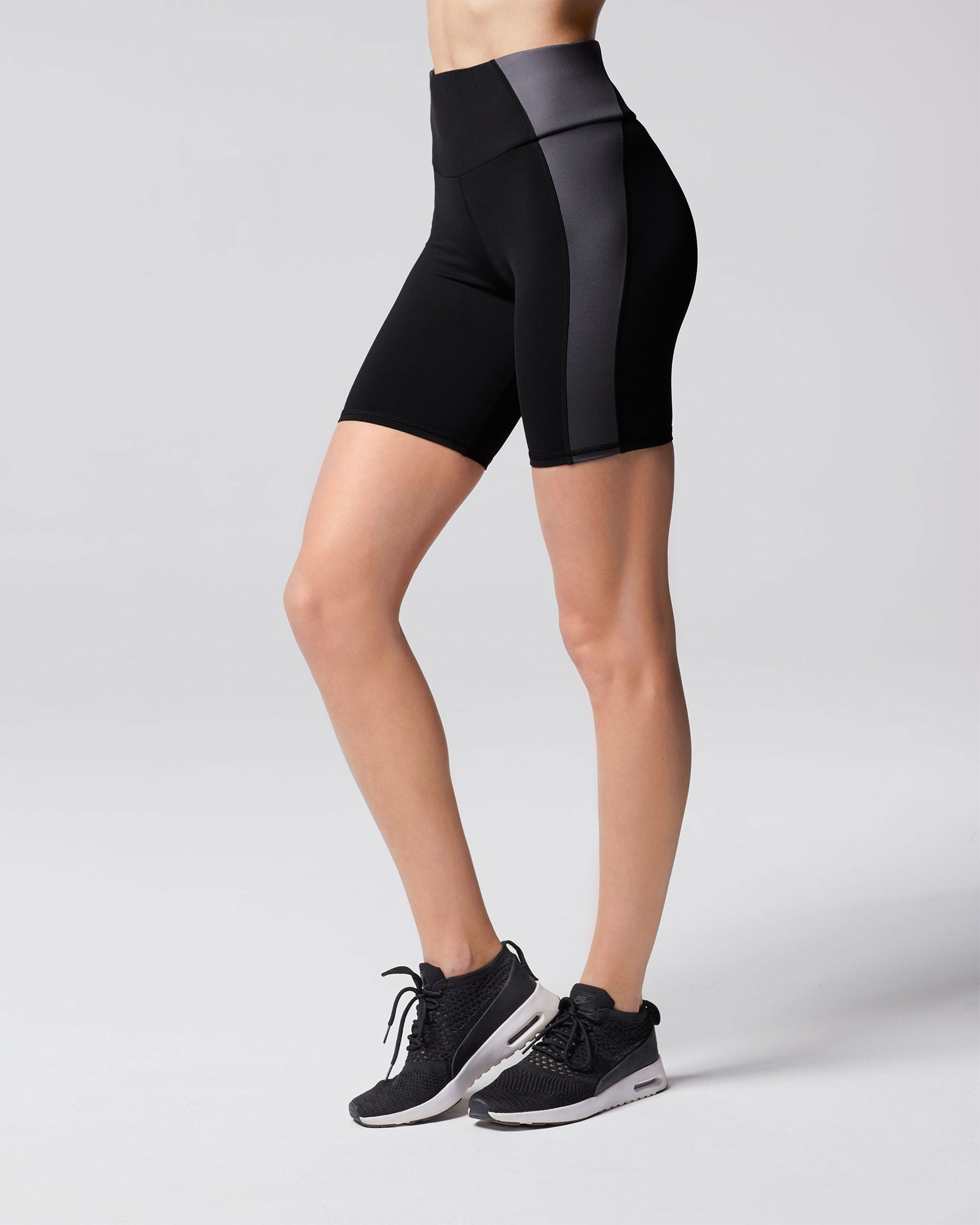 Vibe Bike Short - Black/Gunmetal