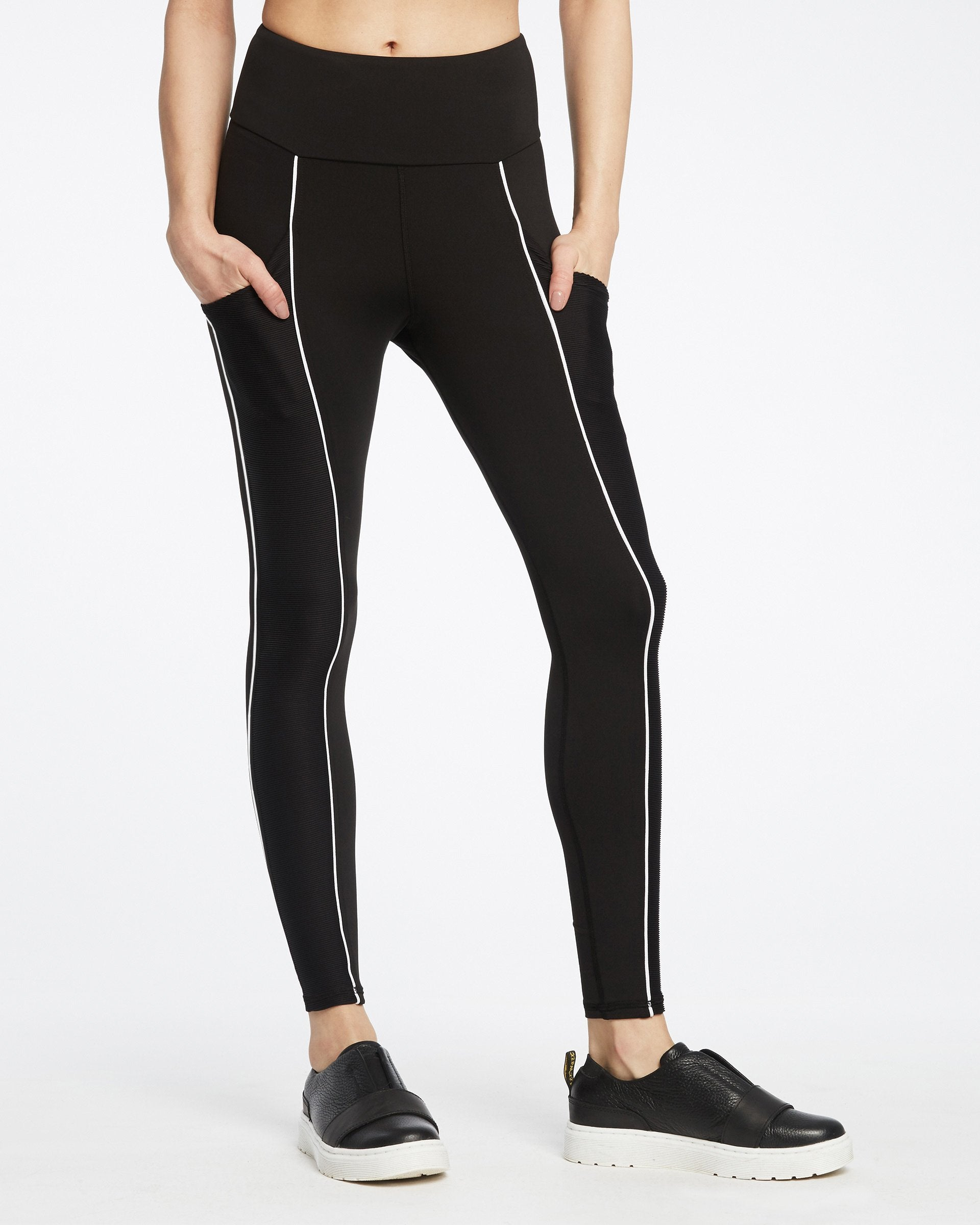 gradient-pocket-legging-black-white