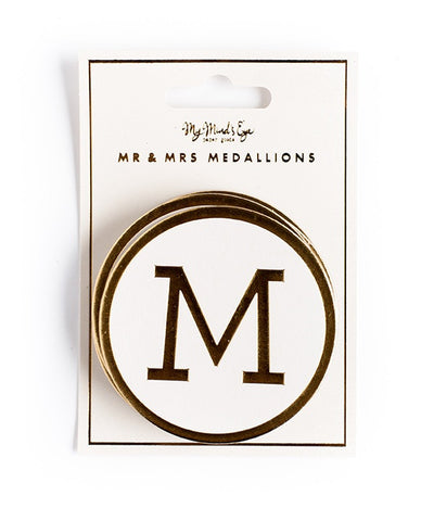 Fancy Mr and Mrs Medallion Banner | 1 ct