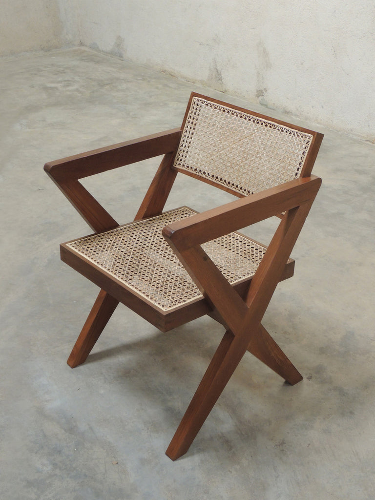 Pierre Jeanneret X leg chair