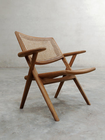 Muṅgāru Easy Chair