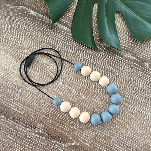 Nature Bubz Breathe Silicone Necklace Dark Grey