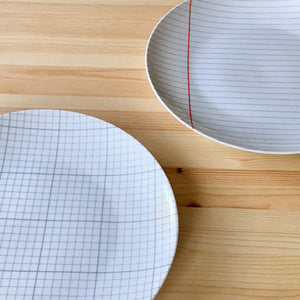Set of 'Paper' Plates