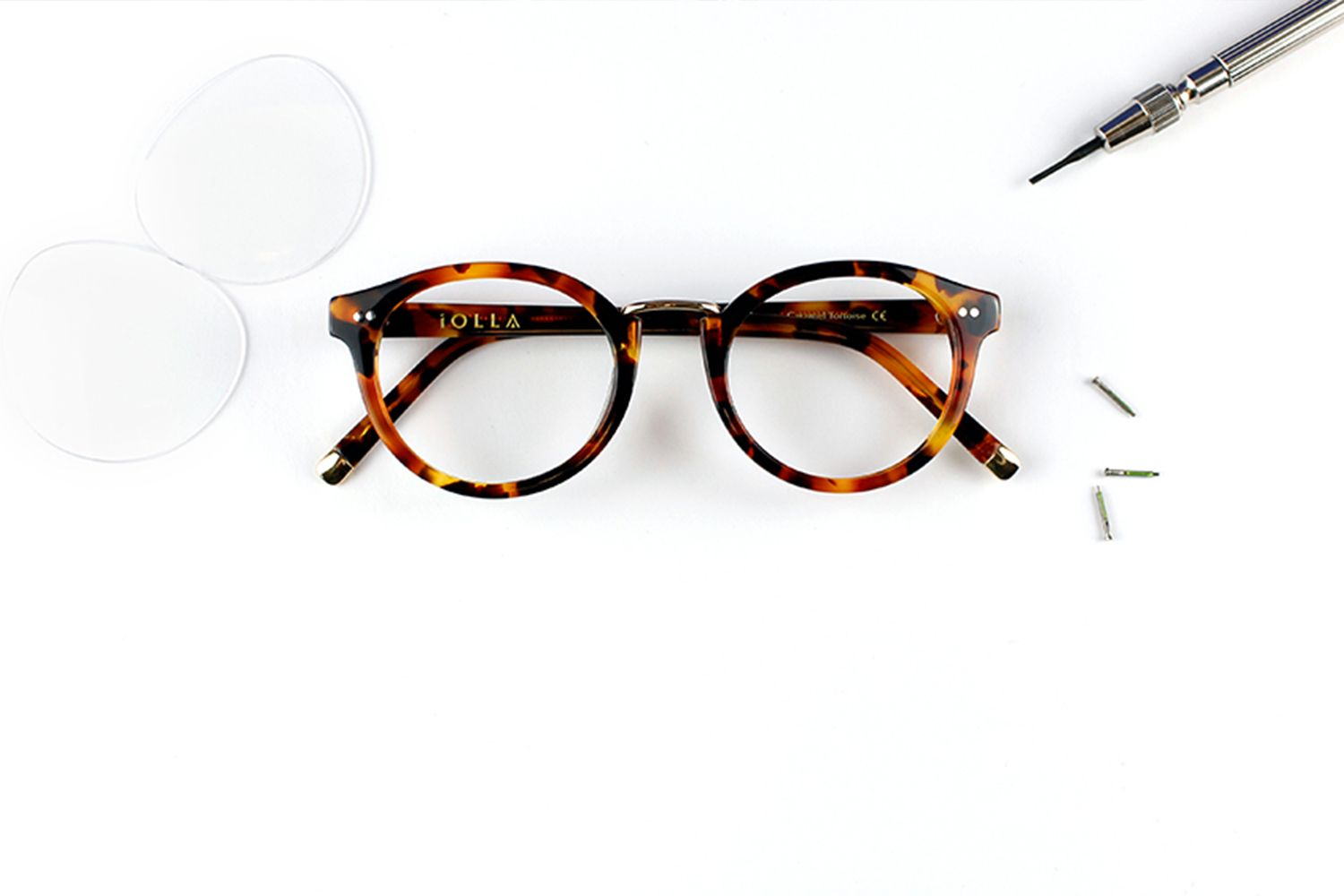 2d1049c2f119 IOLLA - A whole new way to enjoy eyewear - Priced at £65