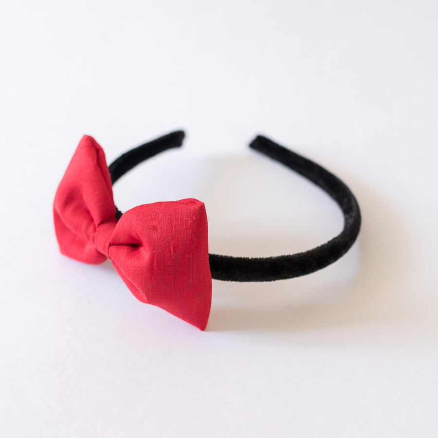 Lola Red Bow