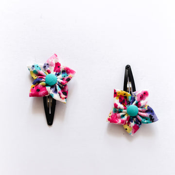 Lila Flower Clips