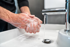 4 Smart Strategies to Steer Clear of Everyday Germs