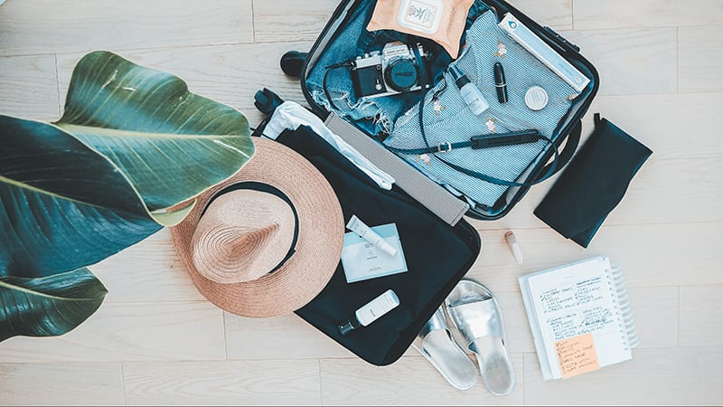 How to travel smart – 10 Essentials
