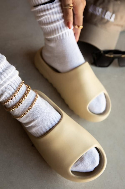Breezy Slides Shoes (Nude)