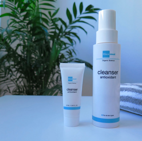 Cicamed Cleanser Antioxidant by Mona Doust