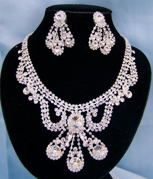 Divina Divas Pageant Jewelry Necklace and Earrings Set V, CrownDesigners