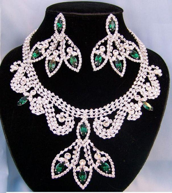 Divine Divas Pageant Jewelry Necklace and Earrings Set XI, CrownDesigners