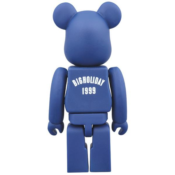 TMT Big Holiday 1999 100% Bearbrick